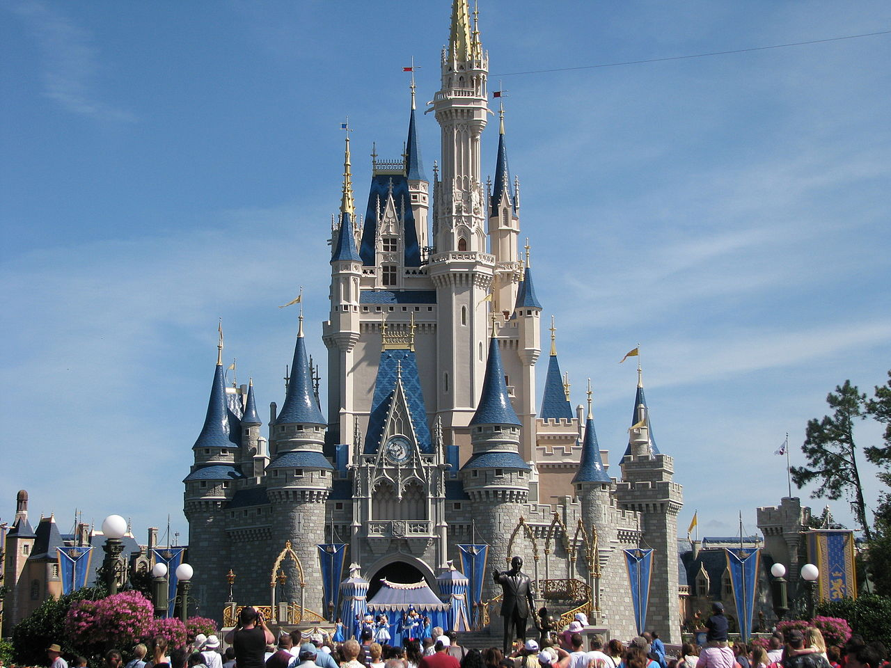 4 Discounts and Deals Walt Disney World Guests Can Take Advantage of Right Now