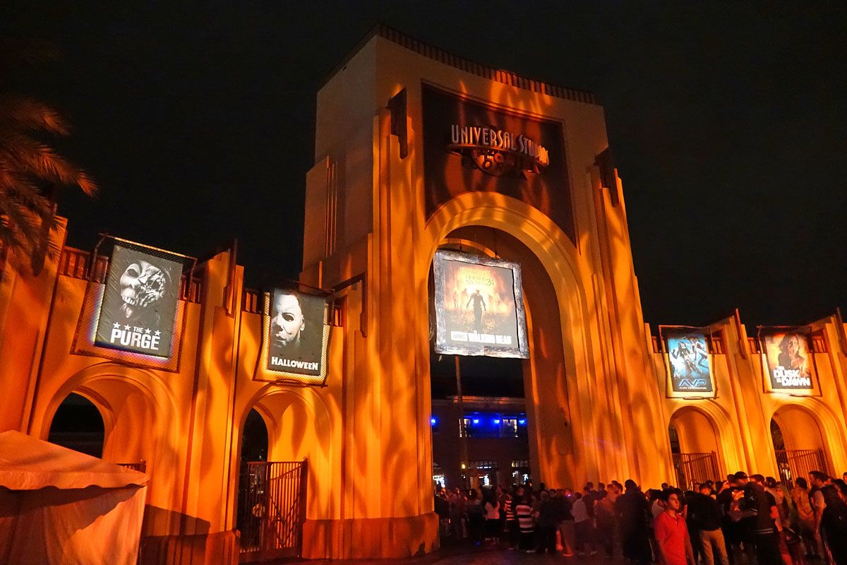 2016 Universal Orlando – Halloween Horror Nights Packages