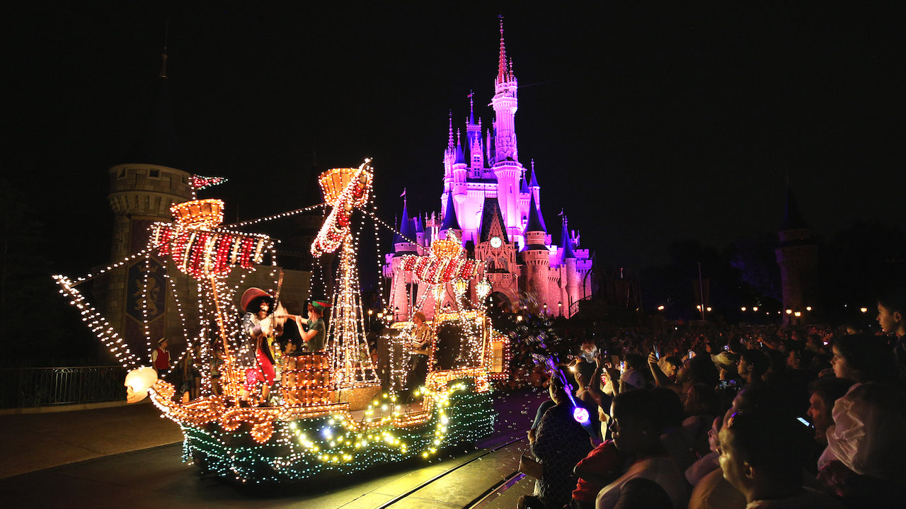 Rumors Confirmed – Main Street Electrical Parade Ends Run at Walt Disney World On October 9, Heads to Disneyland Resort for a Limited Time
