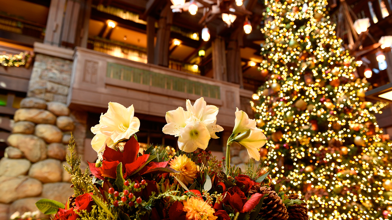 Ring in the Holidays at the Disneyland Resort with Special Hotel Offer