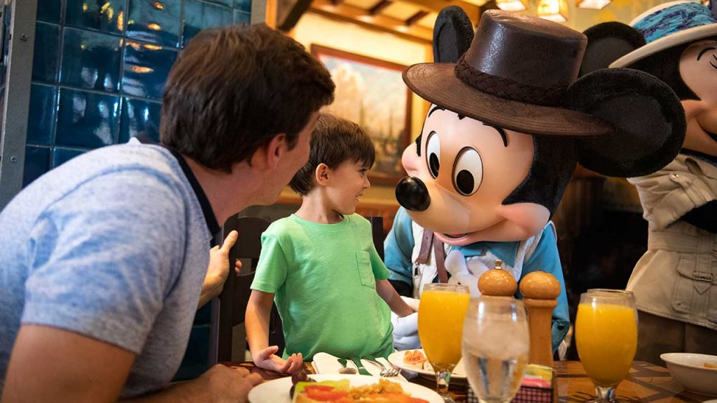 Character Dining Options for Little Ones at Disneyland Resort