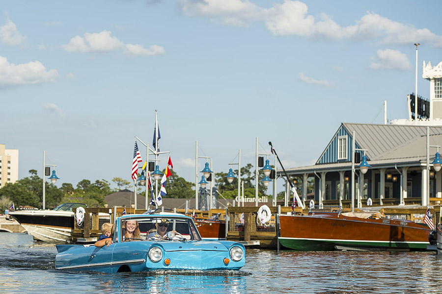 Awesome Panoramic View of The New Boathouse Restaurant from the Orlando Sentinel