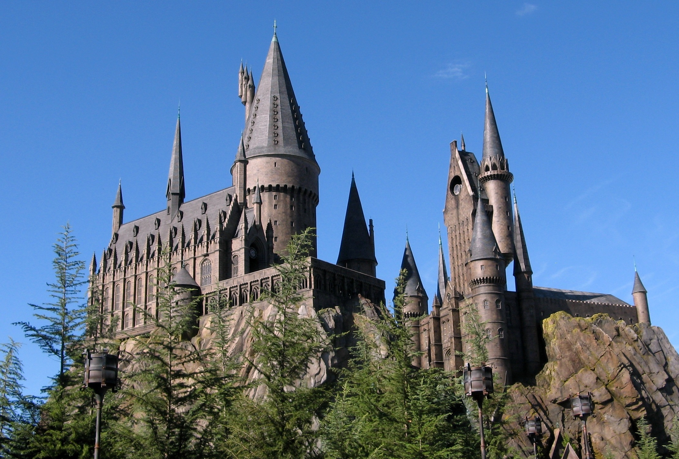 Universal Orlando Resort Officially Introduces a New Logo