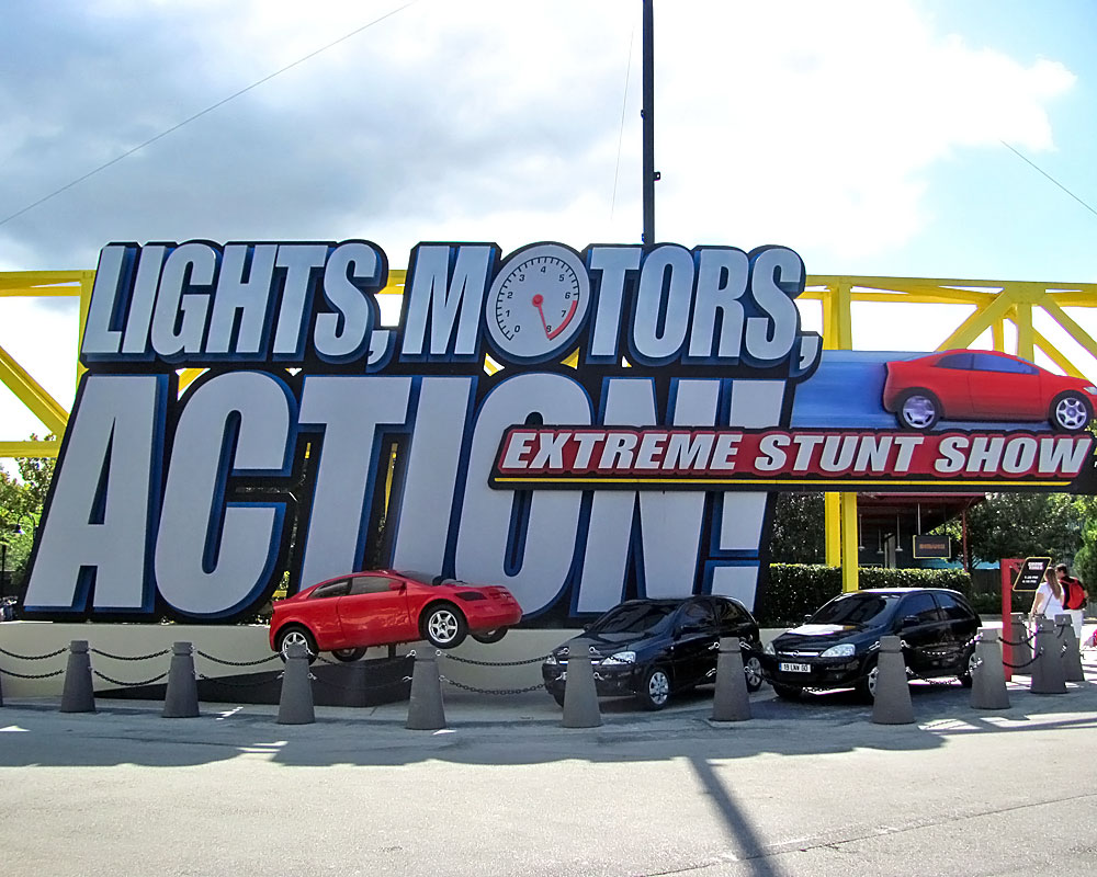 """""""Lights, Motors, Action!"""" Stunt Show to Close Permanently"""