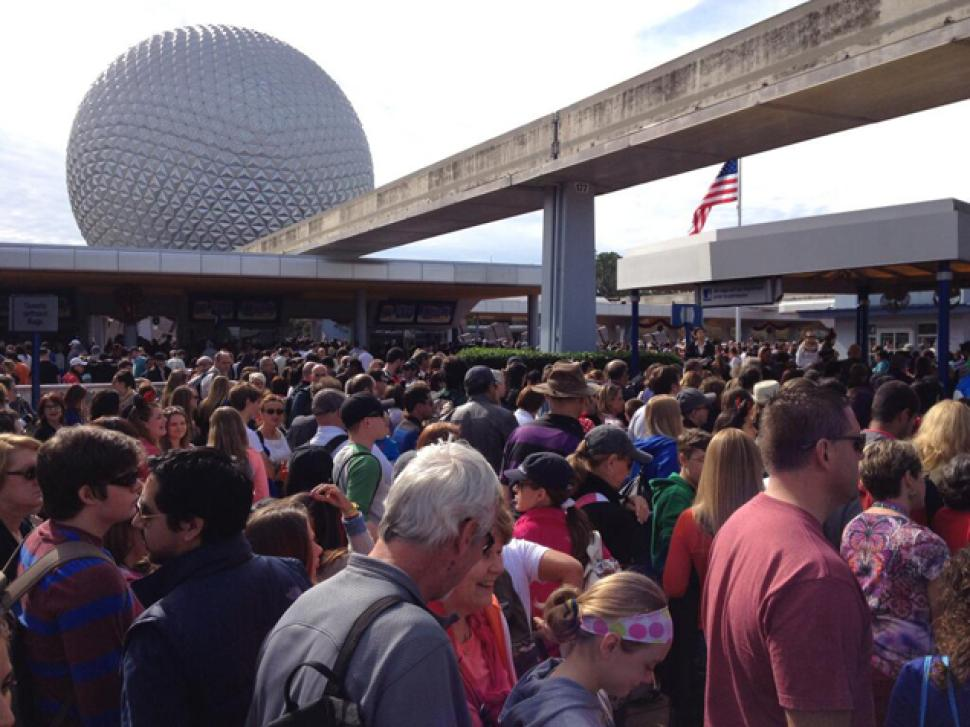 Theme park fans endure long lines to be among first on rides