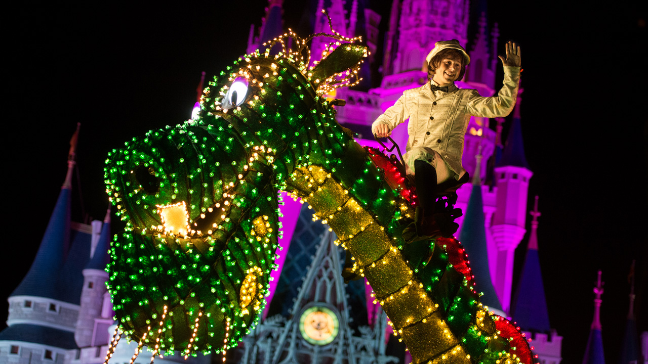 Inside Disney Parks – New Main Street Electrical Parade POVs, 'Live' Announcement