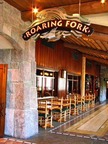 Wilderness Lodge: Roaring Fork Exterior Seating Changes