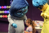 4 Secrets to Great Character Meet and Greets at Disney