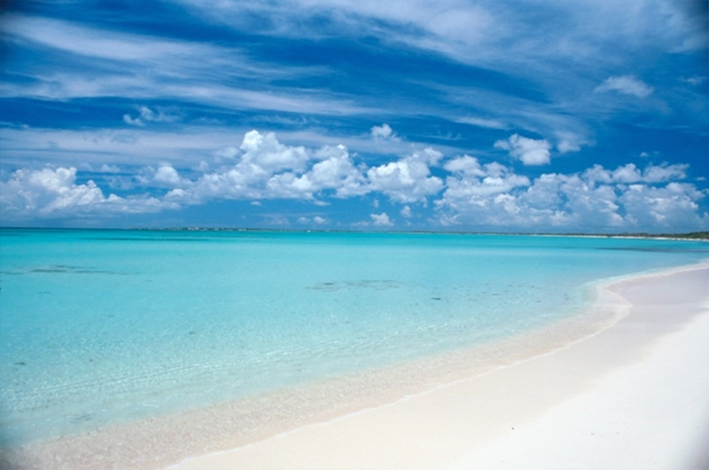Exclusive: Barbuda Resort Partially Funded by Robert De Niro to Open in 18 Months