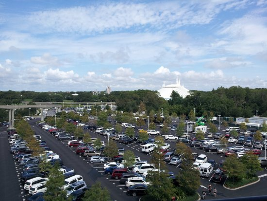 Walt Disney World Resorts To Begin Charging Daily Parking Fees