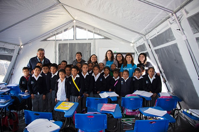RIU Hotels contributes to the creation of 100 temporary classrooms and the education of 4,000 children in Mexico
