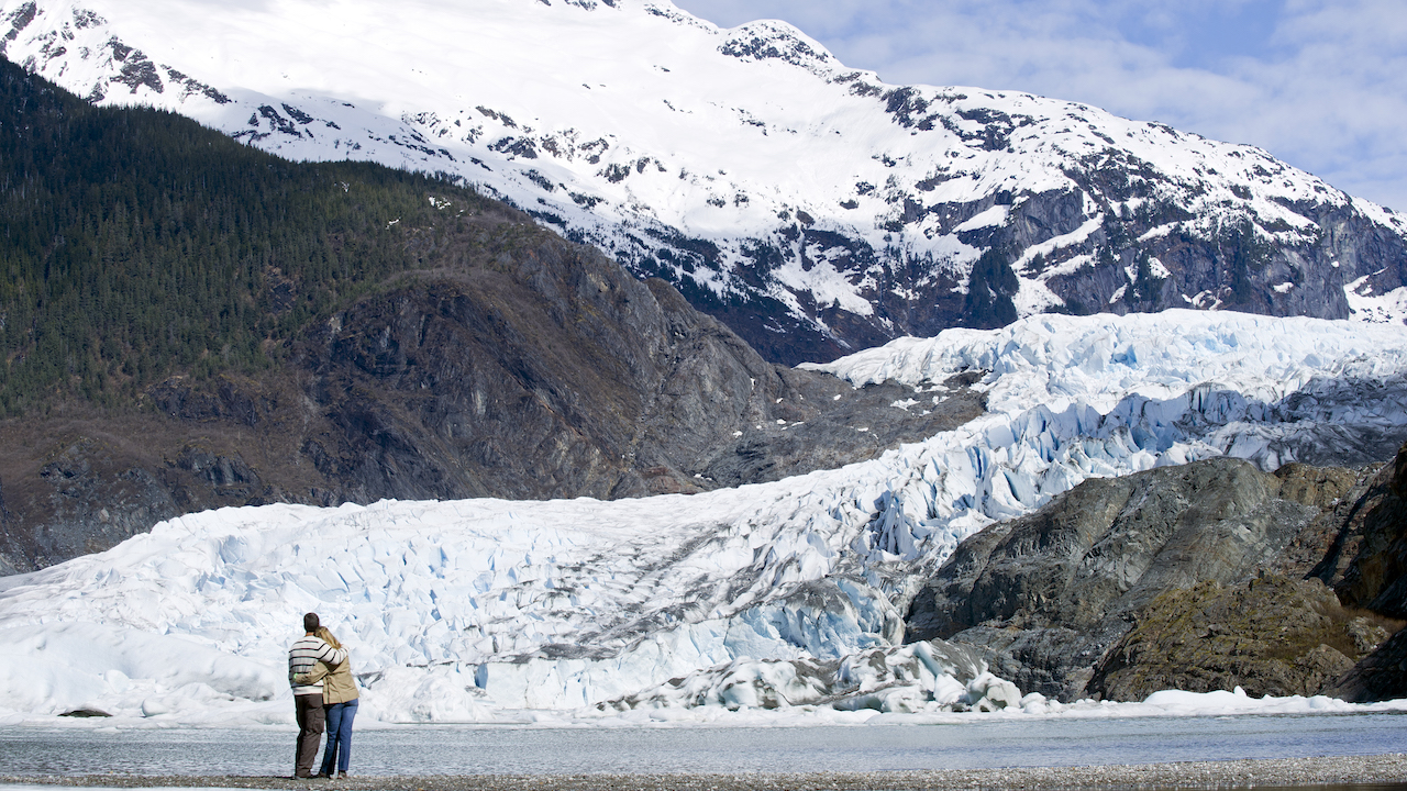 The Best Way to Experience Alaska Like a VIP