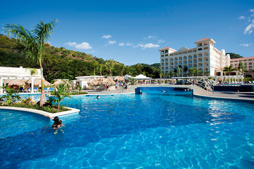 Exciting DEALS for RIU: Montego Bay, Punta Cana, Mexico, The Caribbean, Liberia, Costa Rica